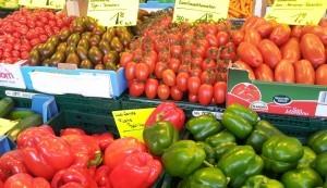 Rotes auf dem Bonner Markt Foto: Freitag-Ziegler