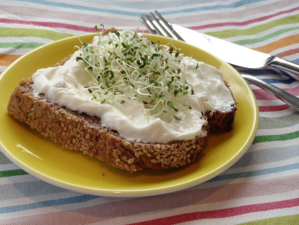 Die fertigen Keimlinge bzw. Sprossen schmecken super-lecker und frisch