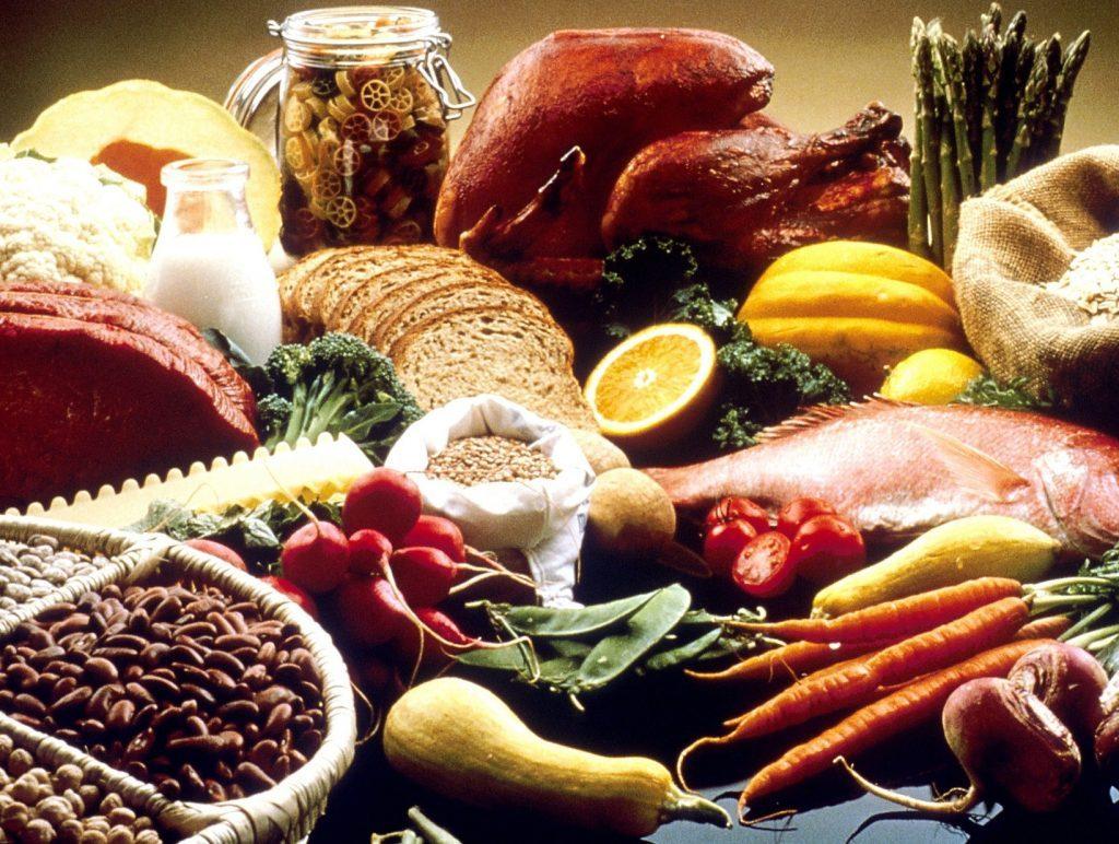 Stillleben mit Lebensmitteln