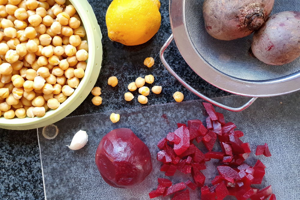 Zutaten für Rote-Bete-Hummus